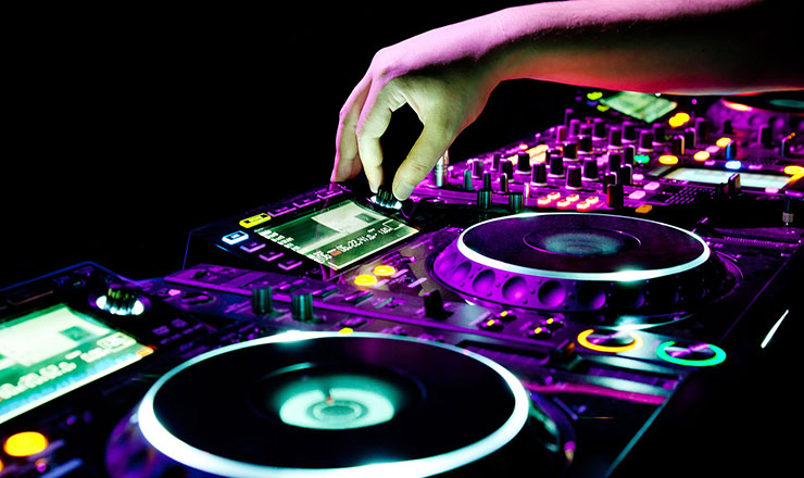 5 Electronic Dance Music Genres That Used to Be Popular Before